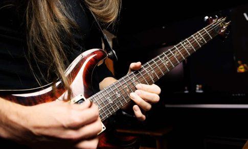 Tek Gitar Solosunda Tüm Gitar Teknikleri
