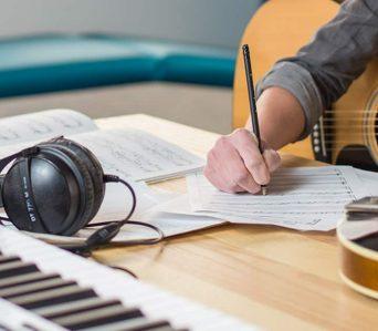 Şarkı & Söz Yazmak, Bestecilik Kursu